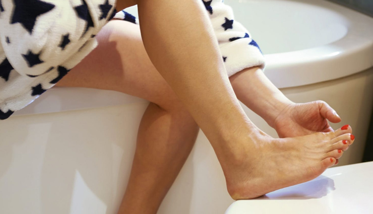 remedies to treat cracked feet,tips for cracked feet,beauty tips,beauty hacks. foot care tips
