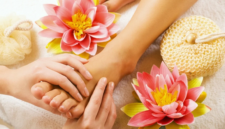 foot pedicure,foot pedicure at home,french pedicure,gel pedicure,luxury pedicure,beauty,beauty tips