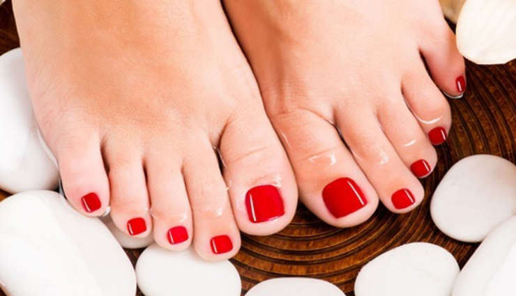 Tips To Do Foot Pedicure at Home