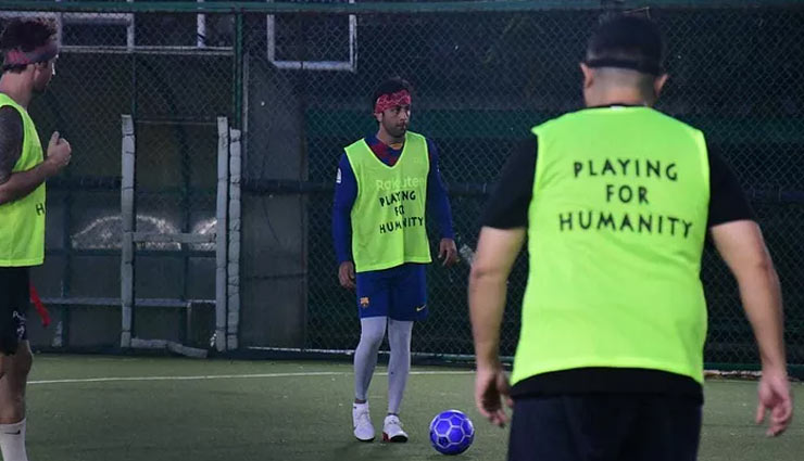 ranbir kapoor,arjun kapoor,shashank khaitan,bollywood celebs playing football,entertainment news,mumbai