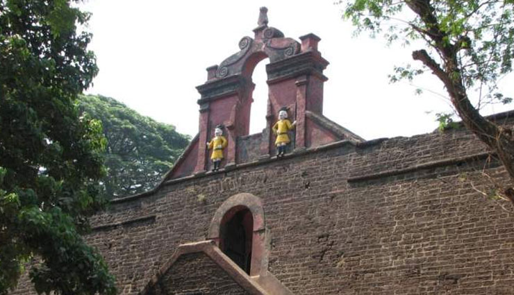5 Must Visit Forts of Kerala