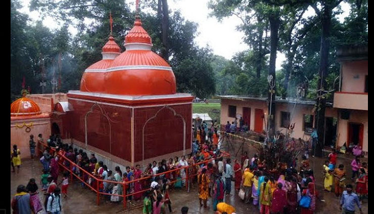 fragmented shivling is worshiped,swith mahadevshal dham mandir in goilkera,jharkhand,weird temple in india,temples in india