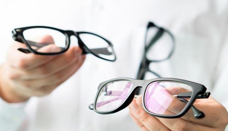 specs frame,specs tips,specs mistakes ,चश्मे के टिप्स, चश्मे से जुड़ी गलतियां