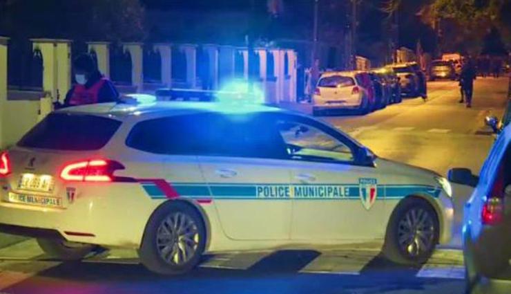 फ्रांस /  इस्लाम से जुड़ा चित्र दिखाने वाले हिस्ट्री टीचर की गला रेतकर हत्या, हमलावर को पुलिस ने मारी गोली