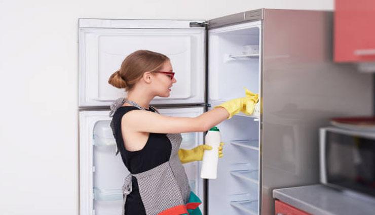 तरीकें जिनकी मदद से आप जल्दी कर सकते है अपने फ्रिज की सफाई