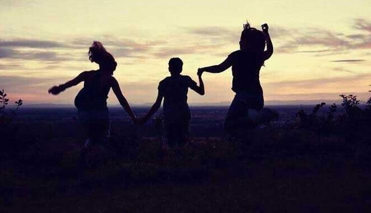 ways to make friends bond strong,friendship tips,bond tips
