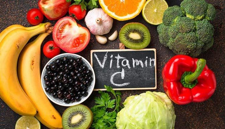 4 snacks will keep you energetic,snacks for energy,almond,puffed rice,fruits,roasted chana ,हेल्थ टिप्स,बादाम, मुरमुरे,चना भुना हुआ,फल