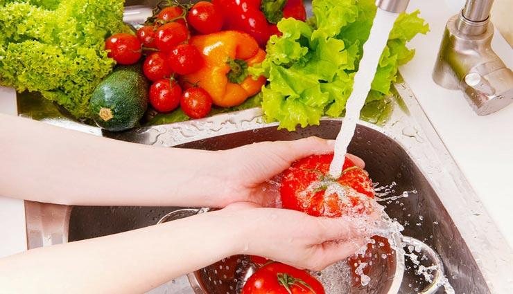 इन 3 तरीकों से करें फलों और सब्जियों की सफाई, बच सकेंगे केमिकल के नुकसान से