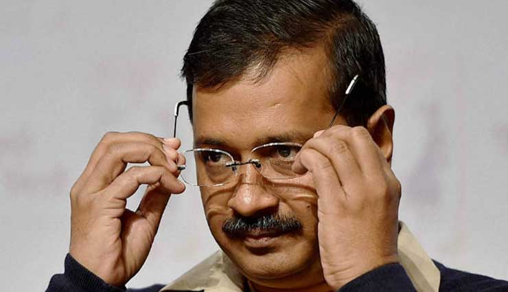 Delhi government refuses to reduce VAT on fuel prices, despite Centre announcing cut of Rs 2.50 per litre