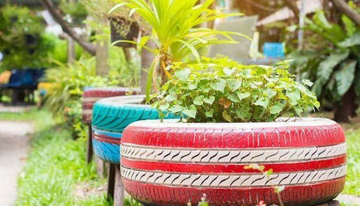 5 Ways To Decorate Your Garden With Waste Material
