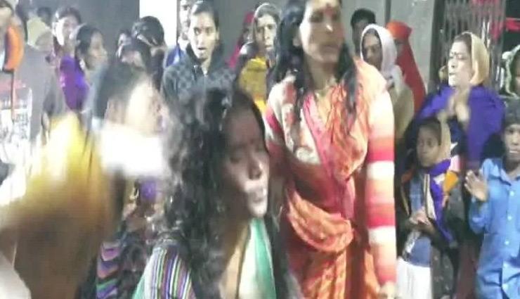 weird news in hindi,mahdya pradesh,tantrik mela,fair ,अजब गजब खबरे हिंदी में