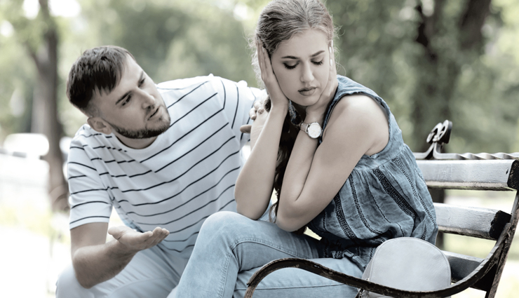 10 Signs She Does Not Love You Anymore
