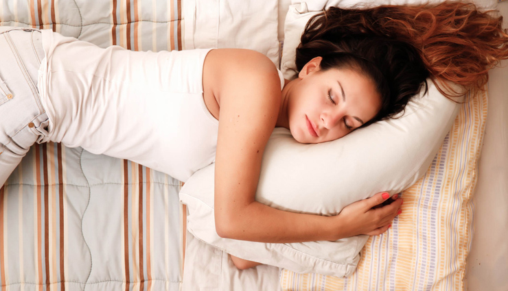 beauty tips,disadvantages of sleeping open hair,do not sleep open hair,sleeping open hair is harmful