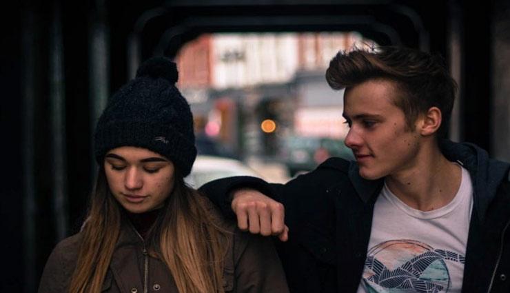 girlfriend,boyfriend,relationship tips,hoe to examine the boys,sign of girls ,गर्लफ्रेंड,बॉयफ्रेंड, लडकों की परख, रिलेशनशिप टिप्स, लड़कियों के संकेत