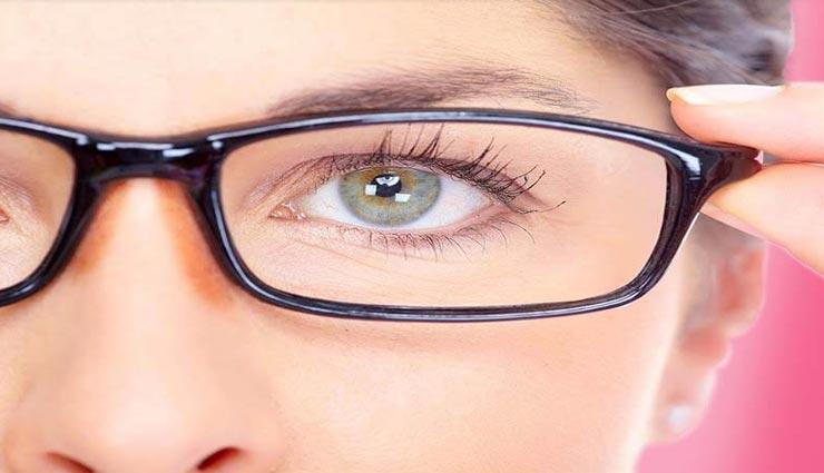 नाक पर बने चश्मे के निशान से पाना चाहते हैं निजात, ले इन उपायों की मदद