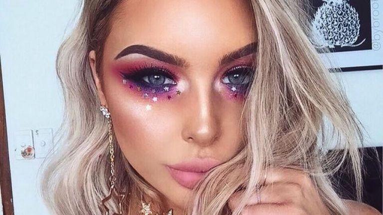 glitter,makeup tips,beauty tips ,ब्यूटी टिप्स, मेकअप टिप्स, ग्लिटर का प्रयोग