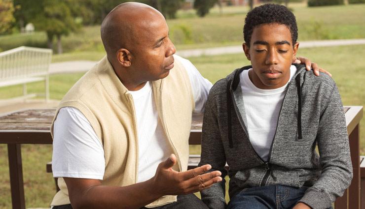 इस तरह बढाए कदम एक अच्छा बेटा बनने की ओर, पिता को होगा आप पर गर्व