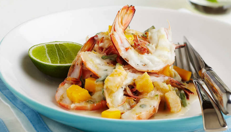 mango recipe,recipe,summer recipe,mango and avocado salad,grilled prawns and mango with sauce