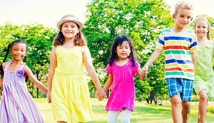 habits to teach to your kids,kids manners,parenting tips ,पेरेंटिंग टिप्स, बच्चों को सीख, बच्चों की आदतें, अच्छी आदतें, बच्चों की केयर