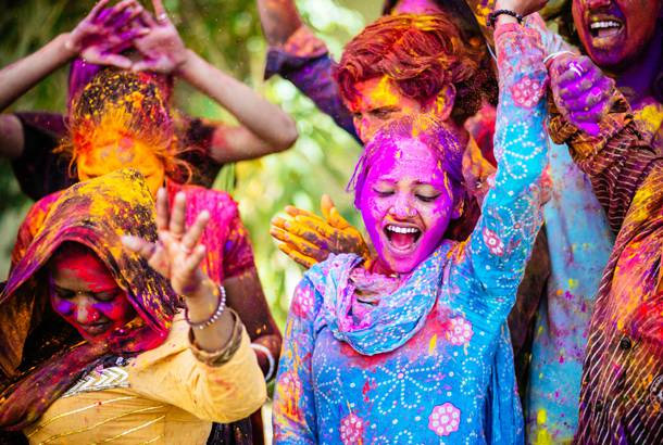 holi special,fashion tips what to wear on holi,fashion tips in gujarati ,હોળી સ્પેશિયલ