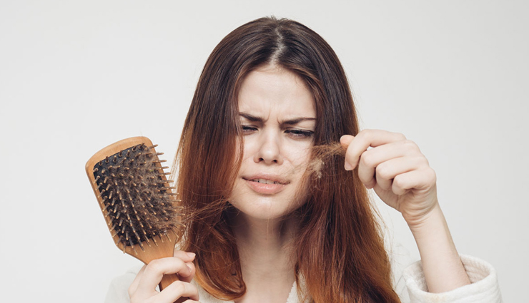 4 Natural Remedies To Treat Hair Fall During Monsoon