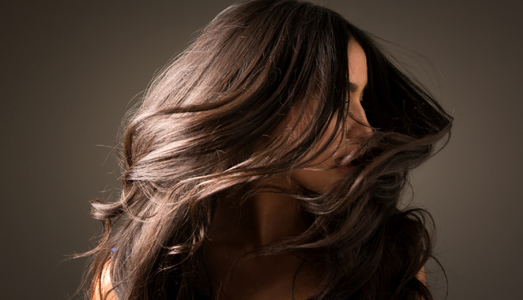 hair oil,oiling,oiling benefits,scalp care tips,hair care tips,hair care,beauty,beauty tips