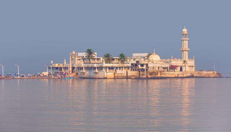 बकरीद के दिन भारत के इन शहरों में लगी रहती है रौनक, मिलता है घूमने का अलग ही मजा