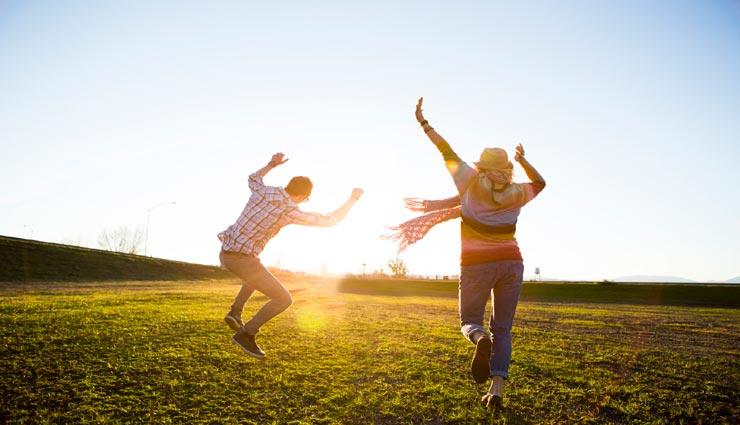 ये 5 चीजें जरूर रखें अपने घर में, करती है जीवन में खुशियों का आगमन