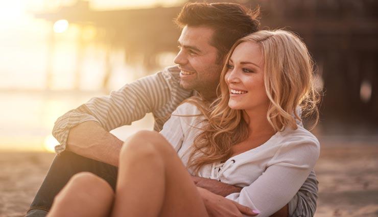 हर शादीशुदा जोड़े को अपनानी चाहिए ये 5 आदतें, बढ़ेगा आपके रिश्ते में प्यार