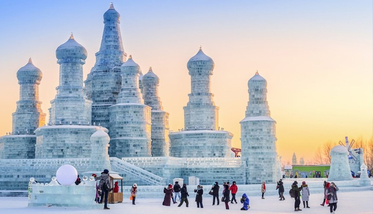 winter destinations,winter destinations around the world,places to visit in winter,munich,shirakawa,st petersburg,harbin,kitzbuhel,yosemite national park,holidays,foreign destinations,travel guide