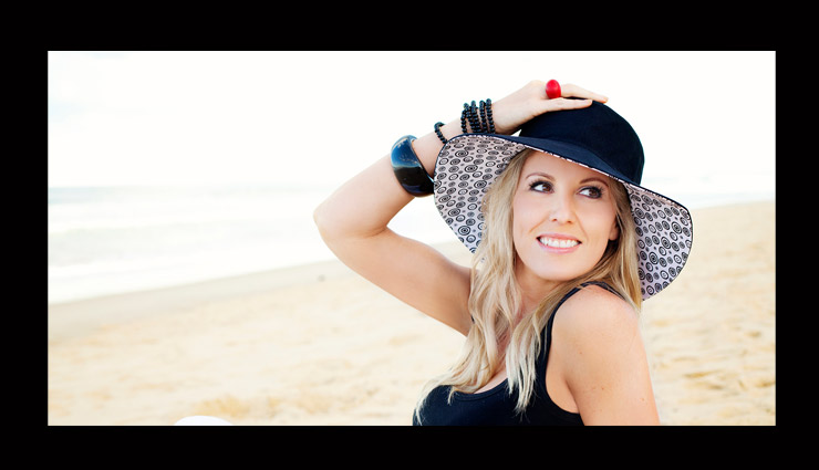 hats for woman,must have hats for woman,stylish hats for woman,types of hat for woman,beanies hat,wide brimmed hats,baseball caps,straw hats,flower crowns