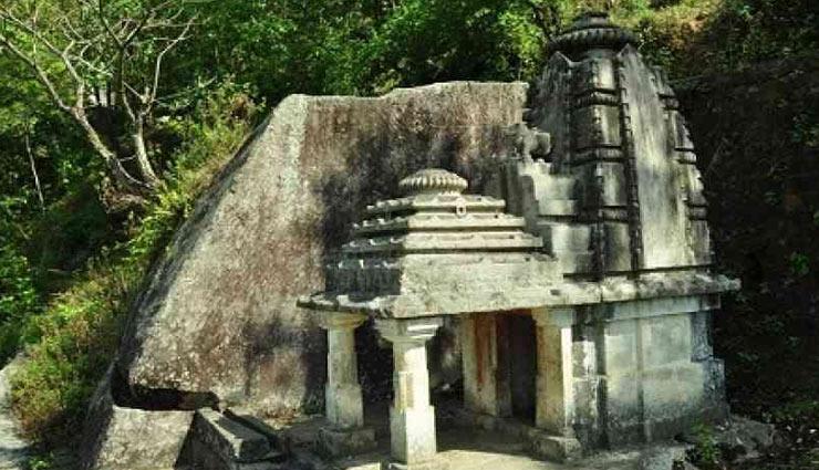 wired temple,lord shiva temple,uttrakhand,holidays,travel,tourism ,ऐसा मंदिर जहां नहीं होती पूजा , शिव जी का मंदिर, उत्तराखंड , हॉलीडेज, ट्रेवल, टूरिज्म