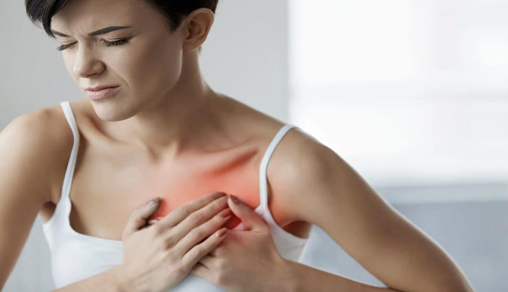 हार्ट अटैक का संकेत हो सकते हैं महिलाओं में दिखने वाले ये लक्षण, रहें सतर्क