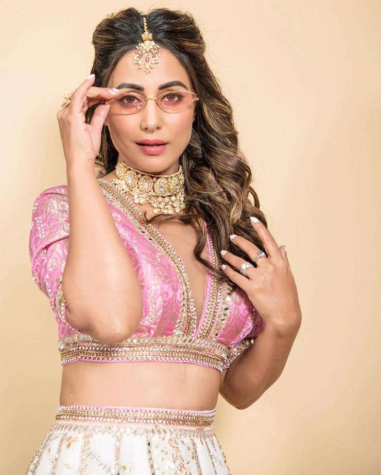 hina khan,hina khan bold photos,hina khan stylish look,hina khan fashion,hina khan viral photos,hina khan news,fashion ,हिना खान