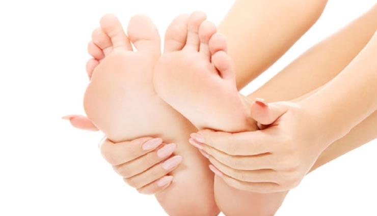 beauty tips,beauty tips in hindi,crack heels,home remedies,legs beauty ,ब्यूटी टिप्स, ब्यूटी टिप्स हिंदी में, फटी एडियाँ, घरेलू उपाय, पैरों की सुंदरता
