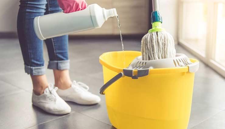 घर की साफ़-सफाई करना होगा अब आसान, आजमाकर देखें ये खास टिप्स
