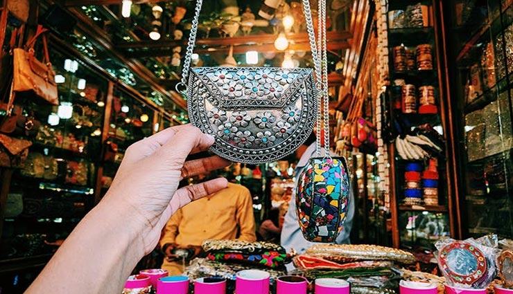 tourist places,hyderabad tourist places,hyderabad markets ,पर्यटन स्थल, हैदराबाद पर्यटन स्थल, हैदराबाद के बाजार