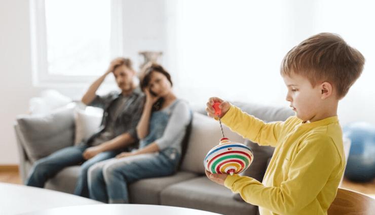 hyper active child,tips to calm down hyper active child,mates and me,parenting tips,relationship tips ,रिलेशनशिप टिप्स, पेरेंटिंग टिप्स, हाइपर ऐक्टिव  बच्चे, हाइपर क्टिवे बच्चे को शांत करने के 5 टिप्स