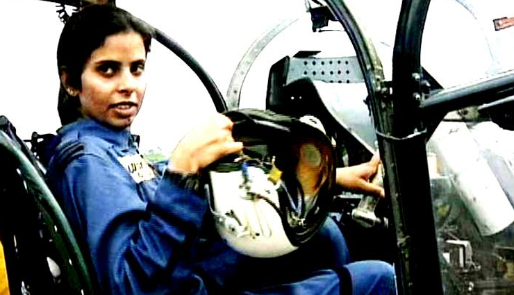 Kargil Vijay Diwas The Only Iaf Officer Gunjan Saxena Who Escaped Death Lifeberrys Com