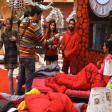 Bigg Boss 11- Vikas Gupta Make up Things With Hina Khan