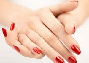 4 Easy Home Remedies for Beautiful Hands