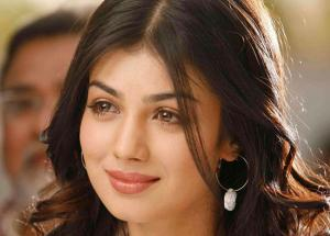 Ayesha Takia Back in News After Years