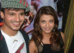 What Happened When Aishwarya and Vivek Oberoi Clicked Together at 'Shalom Bollywood'
