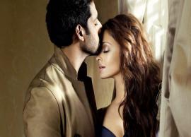 PICS- Aishwarya Rai Bachchan Wish Hubby Abhishek Bachchan in a Adorable Way