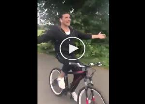 VIDEO Akshay Kumar Feels Like a Free Bird in The Country India