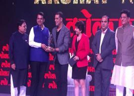 Akshay Kumar Awarded as 'Social Influencer' at Lokmat Maharashtrian of the Year