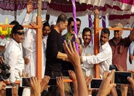 PICS- Akshay Kumar's philanthropic side for the people of Satara is truly heart-touching