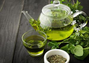 5 Amazing Benefits of Drinking Green Tea for Your Skin