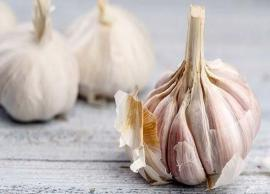 5 Perks of Adding Garlic To Your Diet