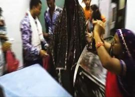 अंधविश्वास : अस्पताल में तंत्र-मंत्र, हाथों में तलवार लेकर आत्मा लेने पहुंचे परिजन